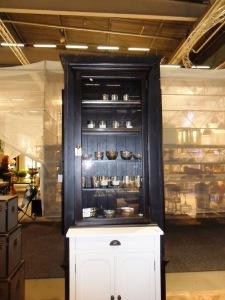 Cabinet in black