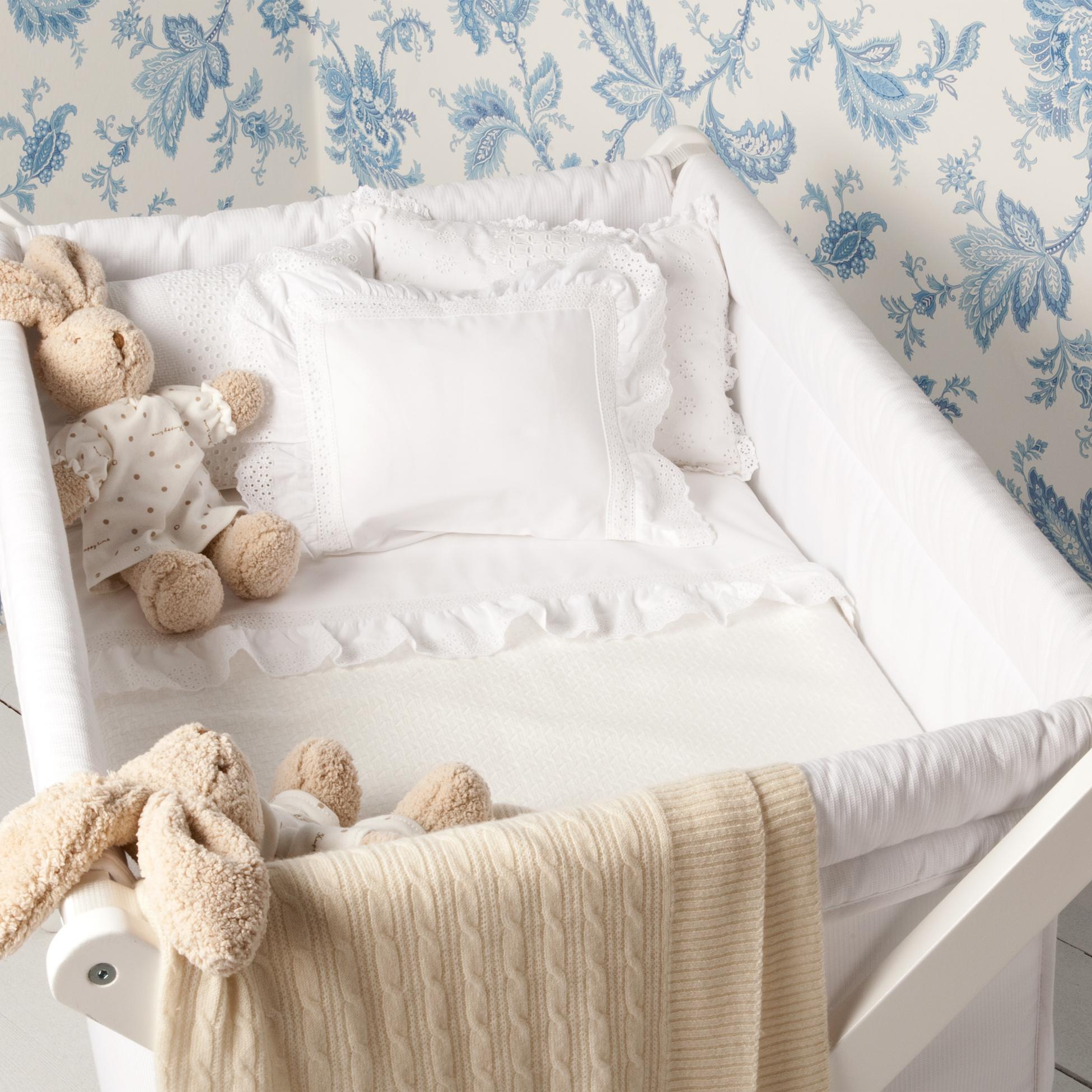 sweet baby rooms casa di mia. Black Bedroom Furniture Sets. Home Design Ideas